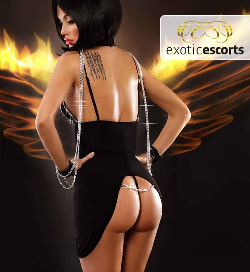 Nachtkleid_Gefahr_schwarz_2---Exotic-Escorts