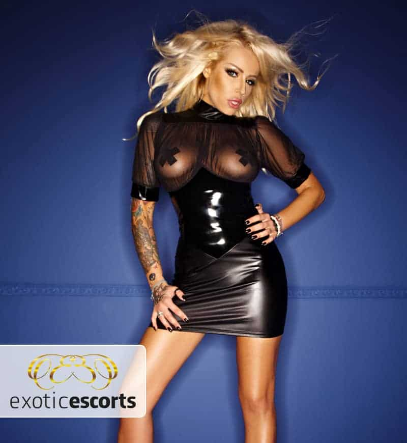 Wetlook-Kleid_brustfrei_schwarz_1---Exotic-Escorts